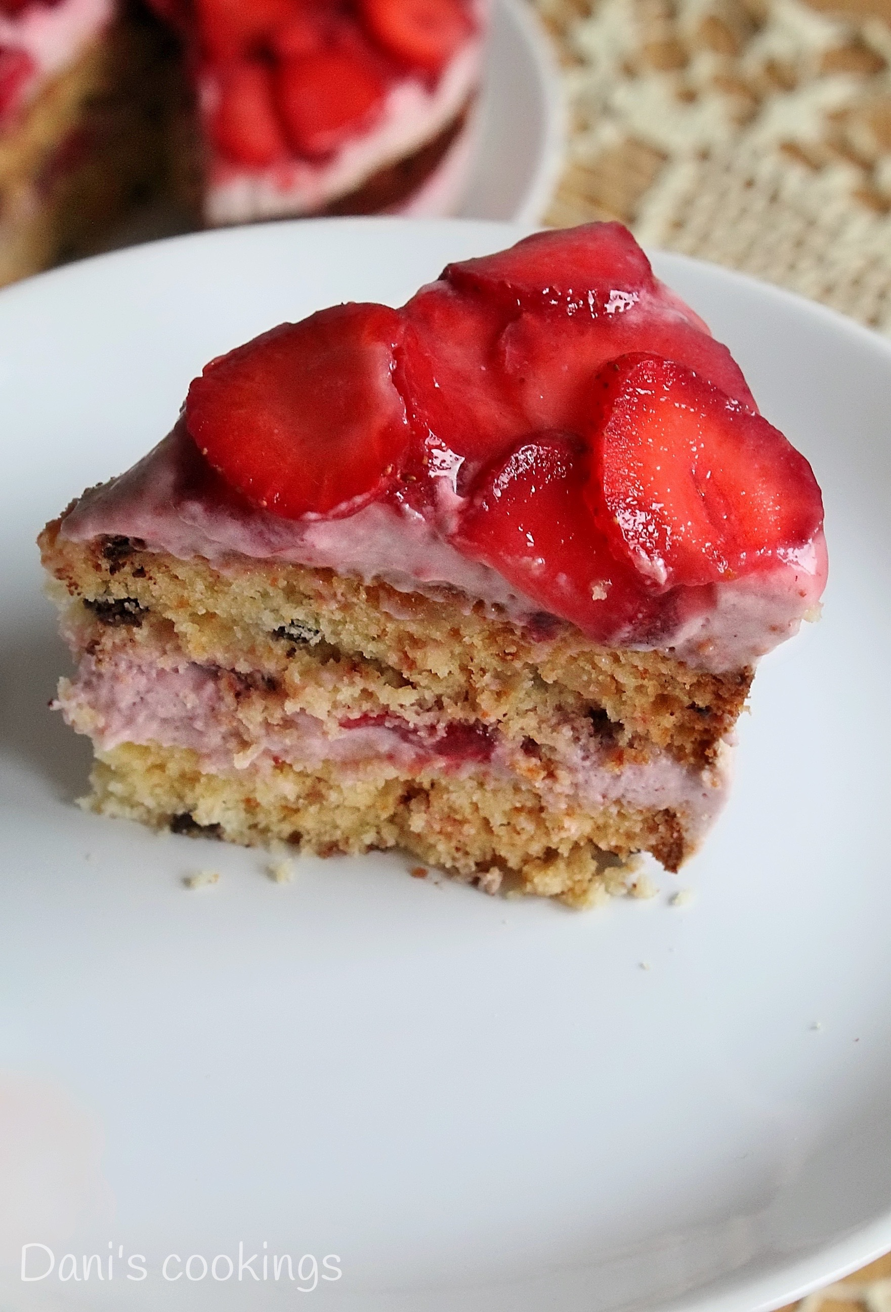 strawberry & citrus cake - daniscookings.wordpress.com